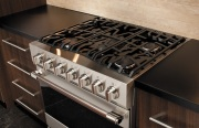 Viking D3 Gas Range