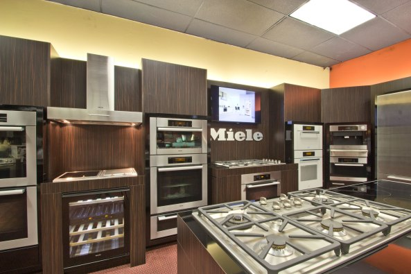 Kieffer's Appliances Miele Display