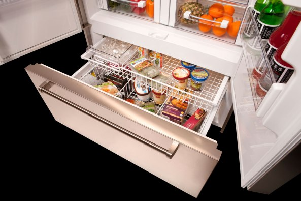 Sub-Zero BI-42UFD with pro handles interior of freezer drawer
